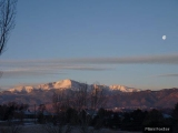 moon-setting-behind-pikes-peak