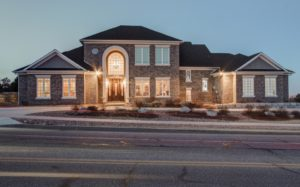 Luxury Listing 4940 Broadmoor Bluffs