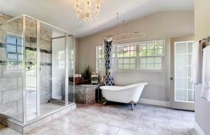Broadmoor home for sale slipper tub