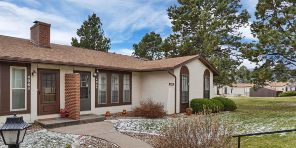 406 Valley Hi Circle #B Colorado Springs CO 80910