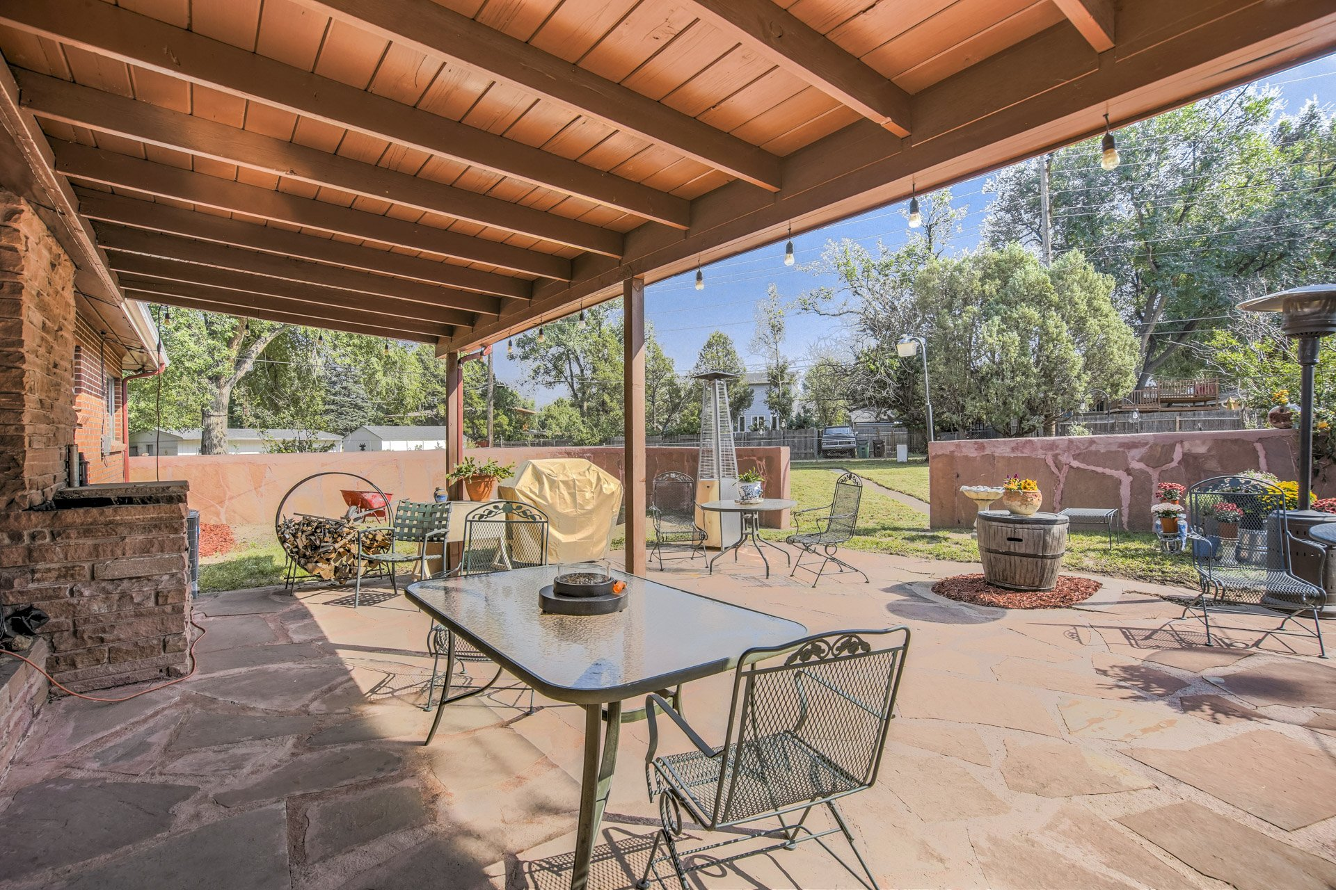 sandstone patio with tables
