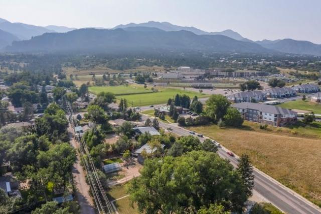 Cheyenne Mtn High School close to home